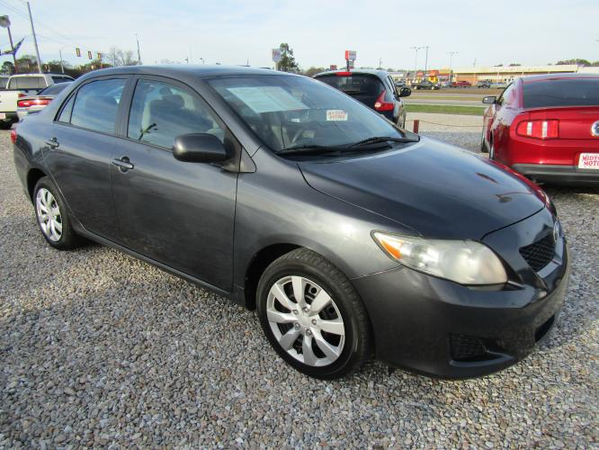 2009 Gray /GRAY Toyota Corolla Base 4-Speed AT (1NXBU40E79Z) with an 1.8L L4 DOHC 16V engine, Automatic transmission, located at 15016 S Hwy 231, Midland City, AL, 36350, (334) 983-3001, 31.306210, -85.495277 - Photo #0