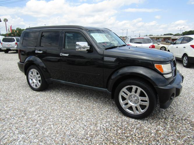 2011 Black /GRAY Dodge Nitro Heat 2WD (1D4PT4GK6BW) with an 3.7L V6 SOHC 12V engine, Automatic transmission, located at 15016 S Hwy 231, Midland City, AL, 36350, (334) 983-3001, 31.306210, -85.495277 - Photo #0