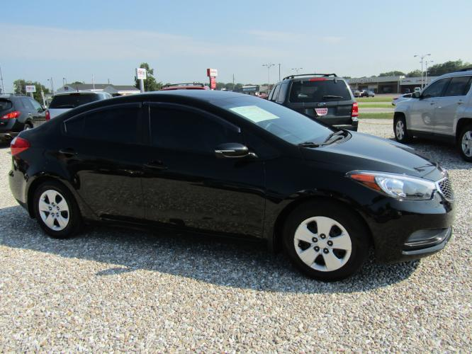2015 Black /Gray Kia Forte EX (KNAFX4A69F5) with an 1.8L L4 DOHC 16V engine, Automatic transmission, located at 15016 S Hwy 231, Midland City, AL, 36350, (334) 983-3001, 31.306210, -85.495277 - Photo #0