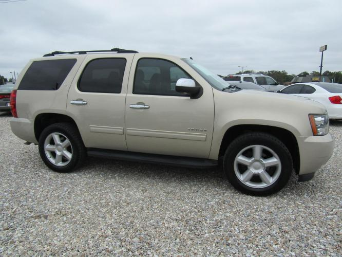 2012 Gold /Black Chevrolet Tahoe LT 2WD (1GNSCBE03CR) with an 5.3L V8 OHV 16V FFV engine, Automatic transmission, located at 15016 S Hwy 231, Midland City, AL, 36350, (334) 983-3001, 31.306210, -85.495277 - Photo #0
