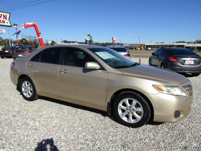 2011 Gold /Tan Toyota Camry SE 6-Spd MT (4T1BF3EK5BU) with an 2.5L L4 DOHC 16V engine, 6-Speed Manual transmission, located at 15016 S Hwy 231, Midland City, AL, 36350, (334) 983-3001, 31.306210, -85.495277 - Photo #0