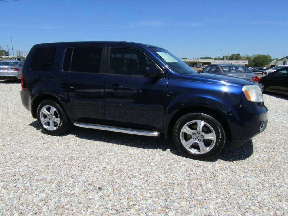 2014 Blue /Gray Honda Pilot EX-L 2WD 5-Spd AT (5FNYF3H52EB) with an 3.5L V6 SOHC 24V engine, Automatic transmission, located at 15016 S Hwy 231, Midland City, AL, 36350, (334) 983-3001, 31.306210, -85.495277 - Photo #0