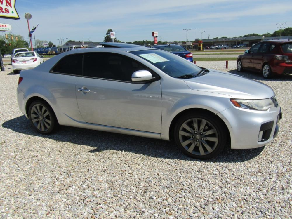 2012 Silver /Black Kia Forte Koup SX (KNAFW6A31C5) with an 2.4L L4 DOHC 16V engine, Automatic transmission, located at 15016 S Hwy 231, Midland City, AL, 36350, (334) 983-3001, 31.306210, -85.495277 - Photo #0