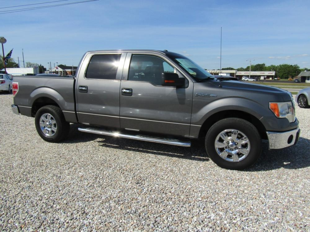 2012 Gray /Gray Ford F-150 FX2 SuperCrew 5.5-ft. Bed 2WD (1FTFW1CF4CF) with an 5.0L V8 engine, Automatic transmission, located at 15016 S Hwy 231, Midland City, AL, 36350, (334) 983-3001, 31.306210, -85.495277 - Photo #0